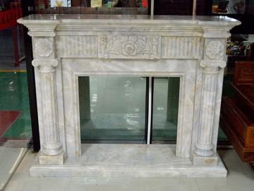 白色石材壁炉