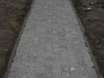 芝麻黑地铺小方块