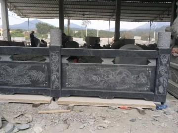 黑色石材护栏 带图案雕刻的护栏板
