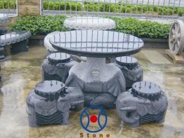 山东三圣玉雕有限公司供应石桌 石凳 石球 石亭