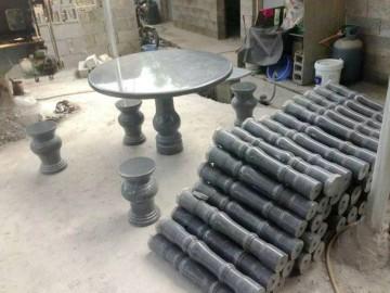 花岗岩桌面配套 一桌四凳