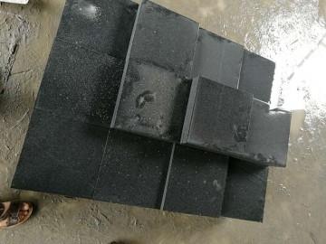 芝麻黑15*15方块石 磨光面-- 达鸿石材