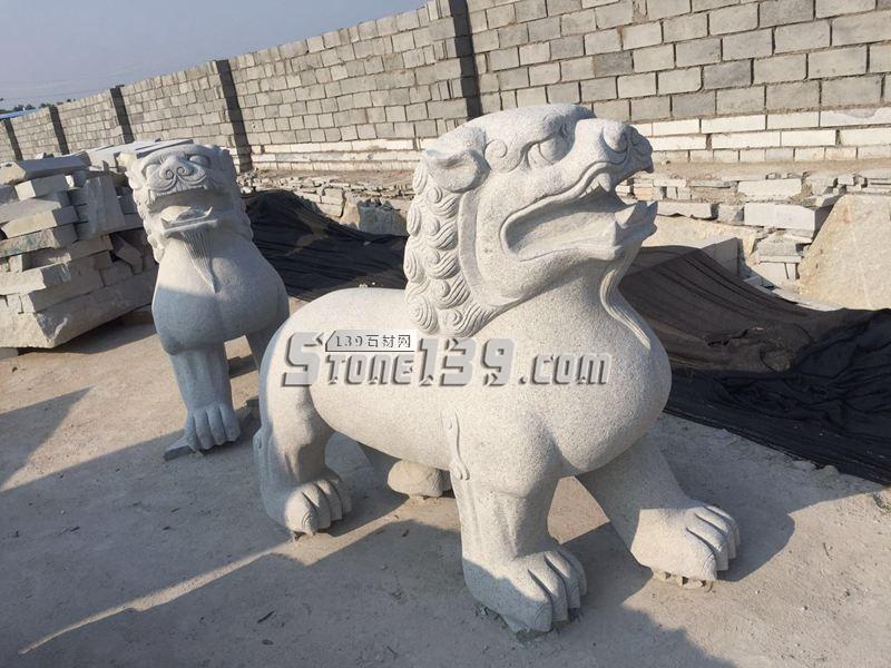 河南石材雕刻 石狮子供应-- 河南芝麻白厂家