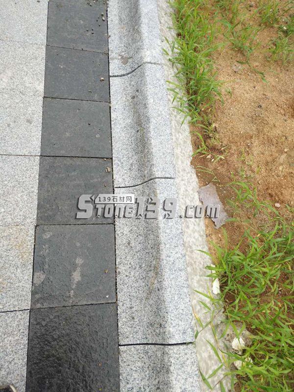 兴城市青山白路沿石成品-- 名帛石材厂