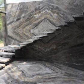 威尼斯棕大理石对拼效果 楼梯踏步