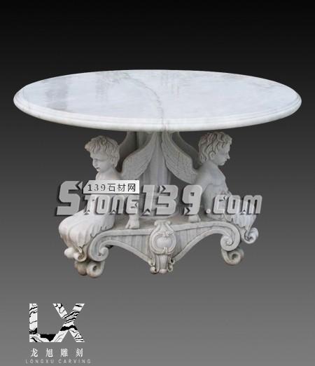 石桌,石椅纯手工雕刻而成独具匠心