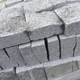 泌阳芝麻白小方块石材