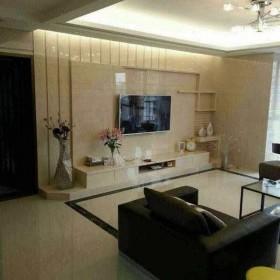 米黄岗石打造的客厅简约背景墙