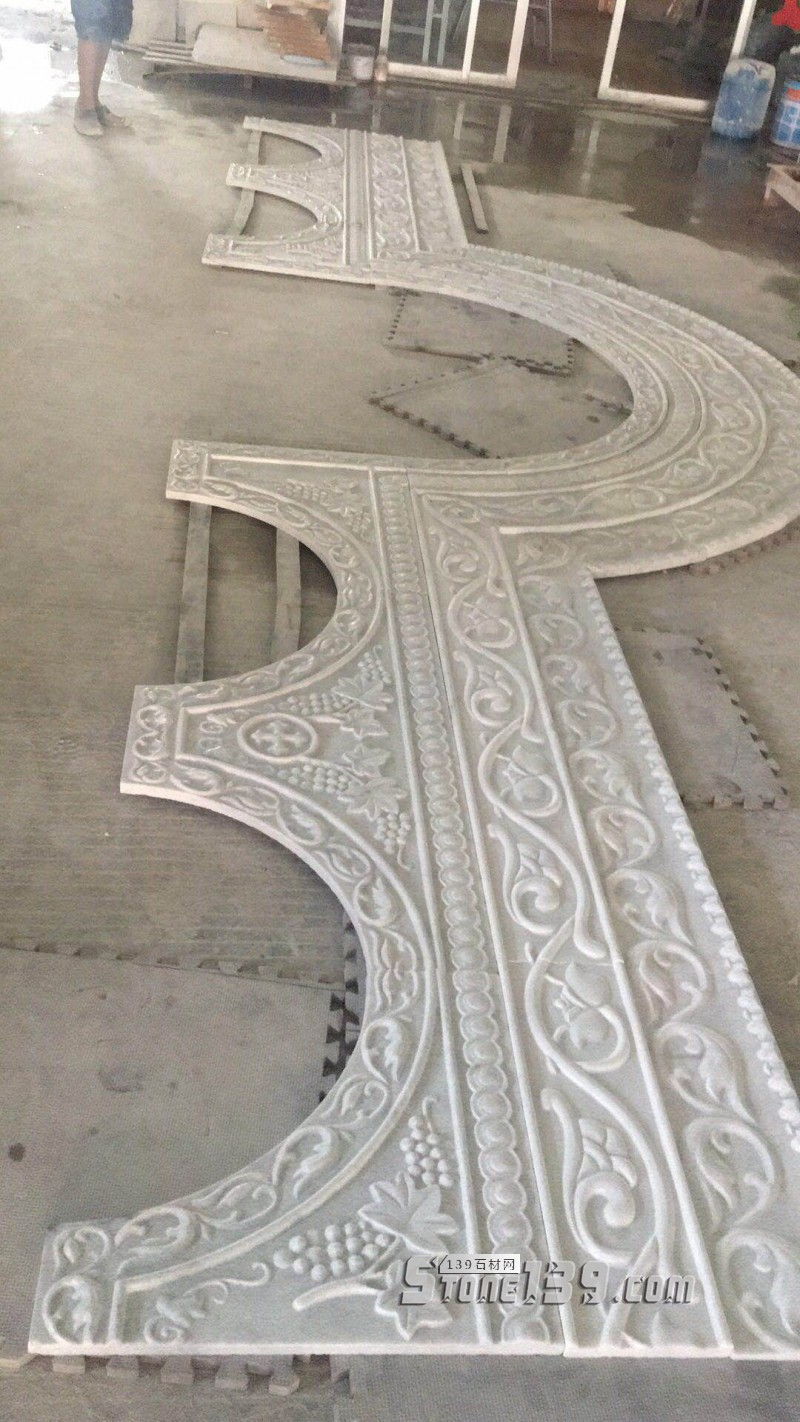 教堂大门石材浮雕-- 天豪艺品雕刻中心