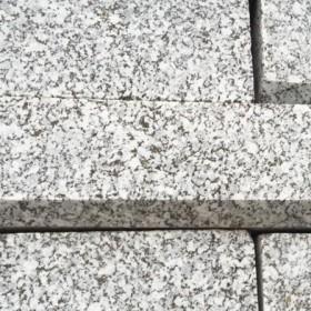 湖南芝麻灰条石成品
