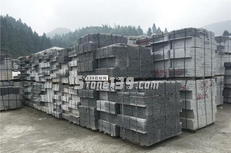 湖南芝麻灰机切面成品现货-- 天华石材厂