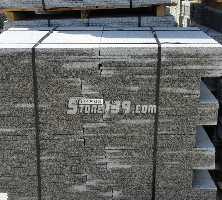 梨花白60头成品规格板打包待发货-- 河南内乡盛佳石材有限公司