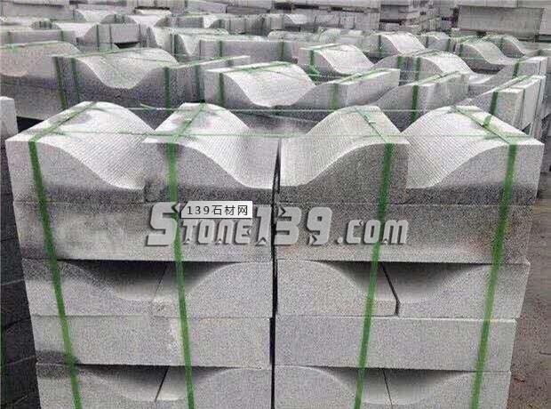 芝麻白s型路沿石 FD-018-- 泌阳县春水丰达石材厂