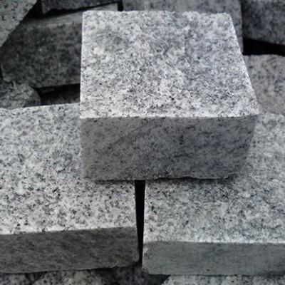 五莲灰方块石