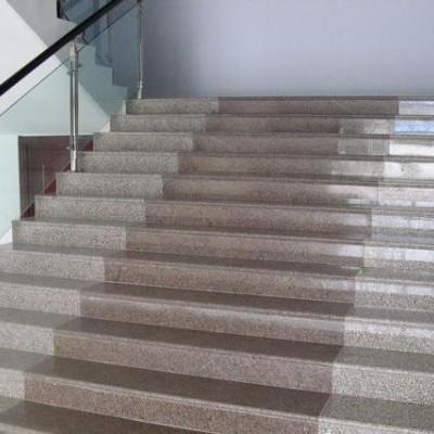 五莲花五莲红搭配的楼梯地铺版