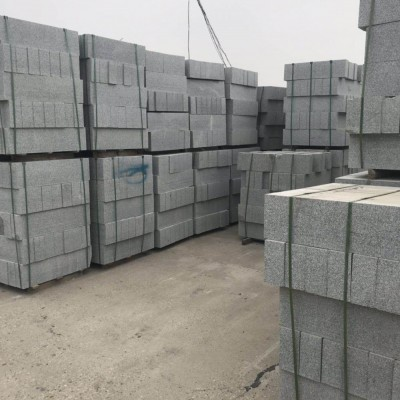 长沙工地路沿石供应 岳阳路沿石厂家供应灰色花岗岩路沿石