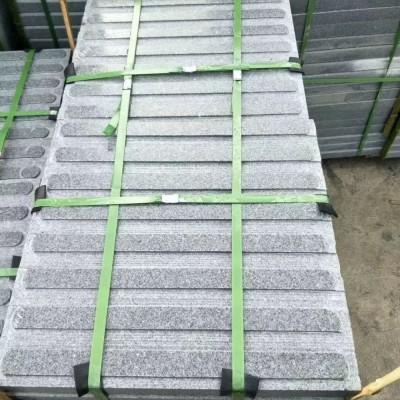 罗田芝麻灰地铺石 武汉市政工程地铺用盲人道石材
