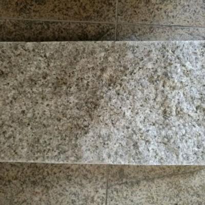 山东黄锈石自然面产品