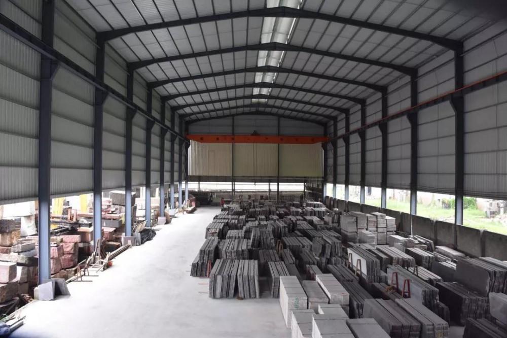 广东揭阳石材厂受困于无料可切,超过10000平的工程不敢接