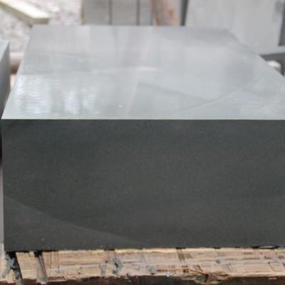 重庆路边石厂家 本地的石材原料供应 砂岩青