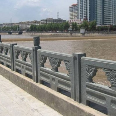 四川青石河栏杆 河道护栏石材供应