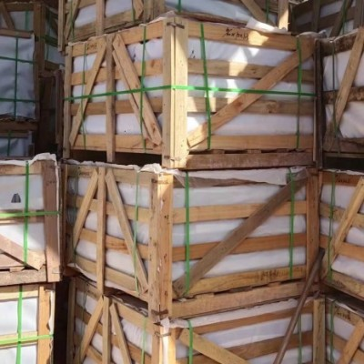 鸡血红出口装柜 成品木箱包装