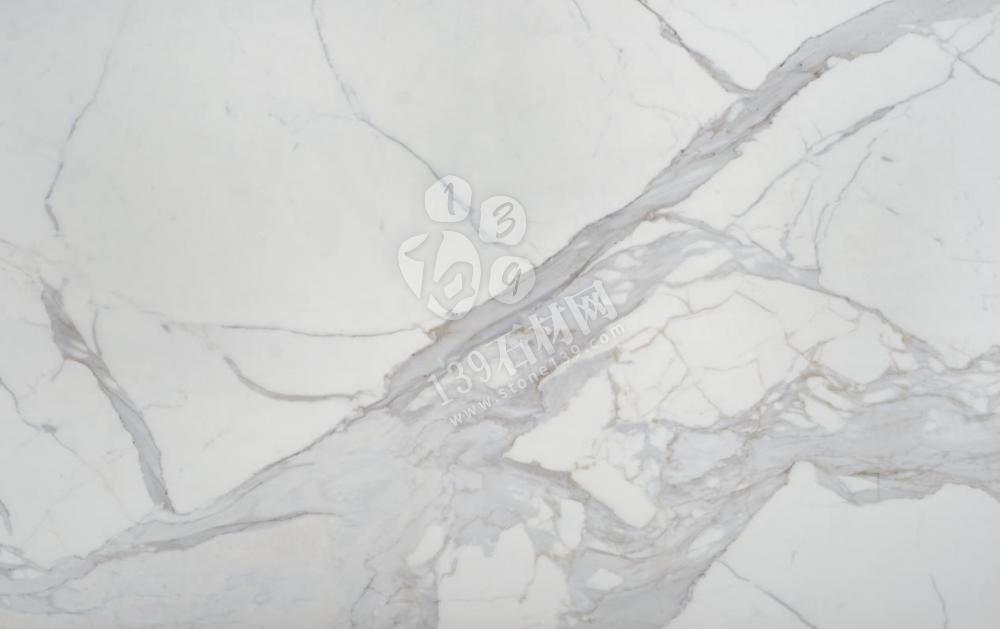 微晶石纹路板与岩板的对比区别