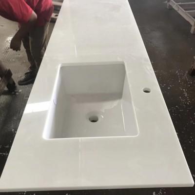 超长纯白色洗手台 方形洗手盆孔 简约风格