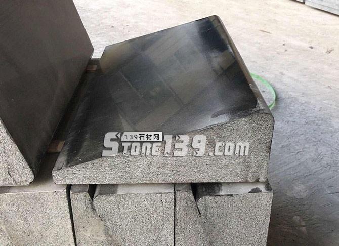 湛江黑路沿石图片