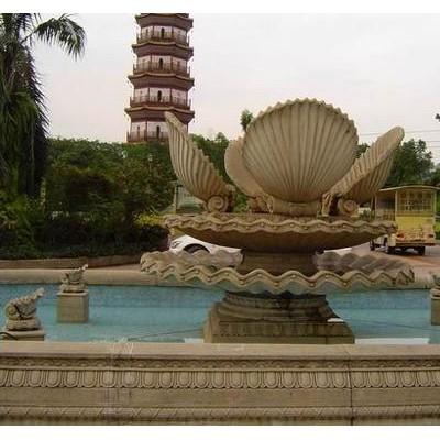 户外喷水景观 砂岩黄锈石人物喷泉雕刻 石材喷水池石雕水钵