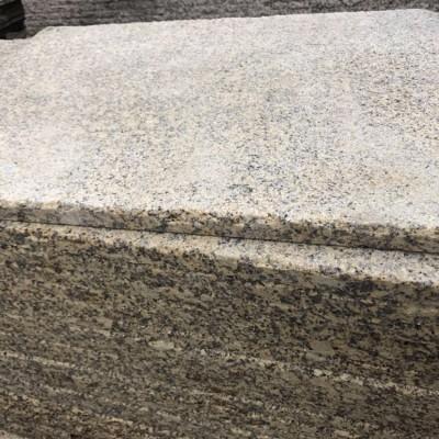 新卡麦荔枝面石材适合挂别墅外墙