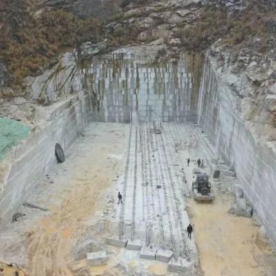 湖北美国白金矿山