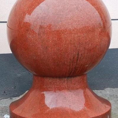 中国红石球 挡车球